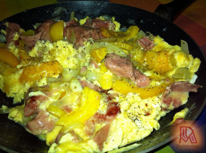 YELLOW BELL PEPPER-BACON-ONION WITH EGG