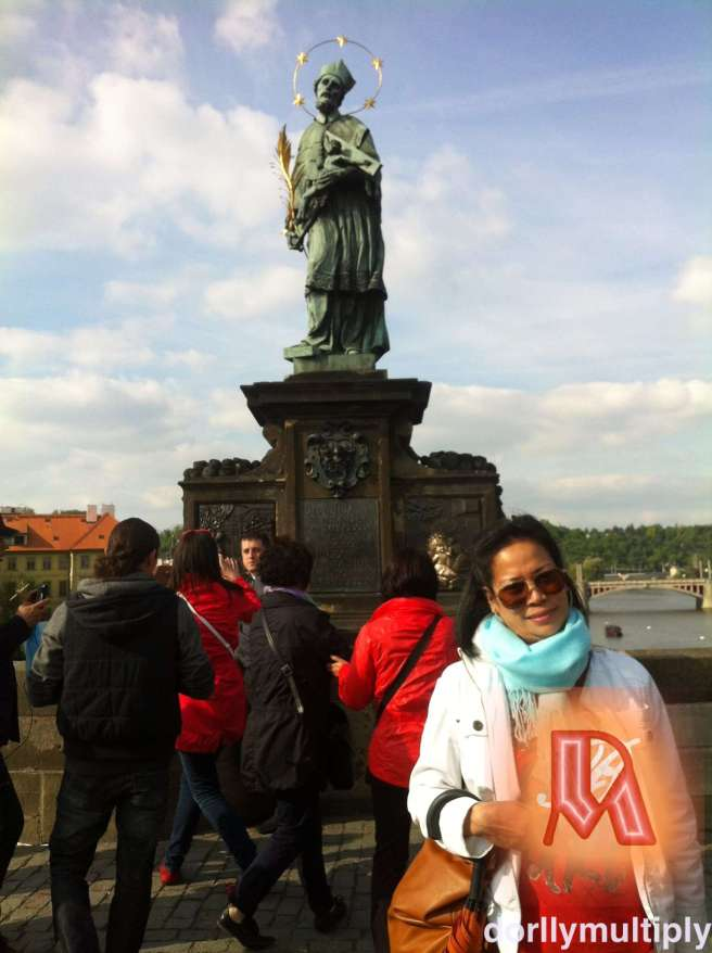 CHARLES BRIDGE @ PRAGUE, CZECH REPUBLIC