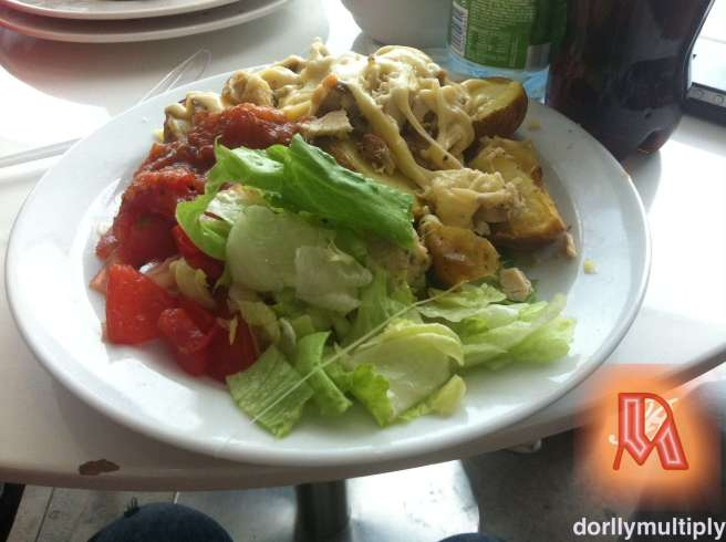 Dian's late lunch at EUROVEA